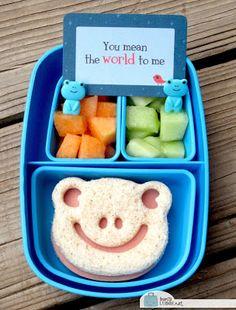 Froggie Camp Snack Bento -too cute! Camp Snacks, Lunch Snacks, School Snacks, Eat Lunch, Kid Snacks, Bento Box Lunch For Kids, Lunch Ideas, Lunch Boxes, Childrens Meals