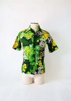 Vintage Men's Hawaiian Shirt / by Jantzen by fourBvintage Vintage Hawaiian Shirts, Mens Hawaiian Shirts, Kona Kai, Color Palate, S Man, Vintage Men, 1960s, Men Casual, Birds