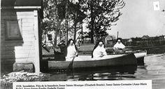 Inondation (Tragédie) du Lac St-Jean (Sœurs Augustines en chaloupe près de la buanderie de l'Hôpital) en 1928 Michel, Outdoor Furniture, Outdoor Decor, Boat, History, Historical Pictures, Laundry Room, Antique Pictures, Nun