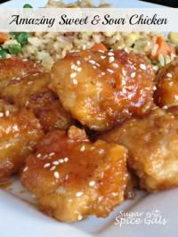 Feeling like chinese food for Fun Food Friday. Think well start with this! Amazing Sweet and Sour Chicken Good Food, Yummy Food, Fun Food, Sweet Sour Chicken, Orange Chicken, Baked Chicken, Chinese Food, Chinese Desserts, Chinese Chicken