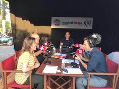 ENTREVISTA EN RADIO MARCA Entrevista de #RadioMarca en directo al Restaurante Europa Barbacoa de la mano de #JoanPrats y #MarcTruco. ¡¡¡Una pasada!!! Se han portado de cine. Muchísimas gracias por todo.  www.europabarbacoa.es  #entrevista #radio #europabarbacoa #restaurant #publicidad