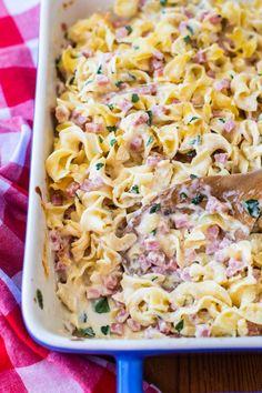 Leftover Ham Casserole, Ham And Noodle Casserole, Ham And Cheese Casserole, Leftover Ham Recipes, Leftovers Recipes, Meat Recipes, Delicious Recipes, Pasta Recipes, Meals