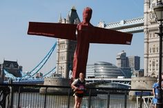 The Angel of the North. | 31 Splendidly British Ideas For Halloween Costumes