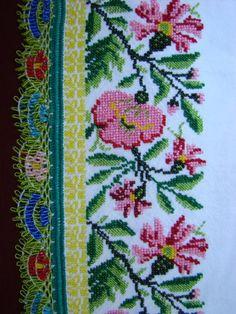 Cross Stitch Borders, Cross Stitch Designs, Polish Folk Art, Crochet Bedspread, Christmas Cross, Diy Flowers, Printables, Embroidery, Kawaii Cross Stitch