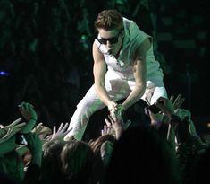 Justin Bieber BELIEVE TOUR!! :)