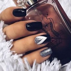 pretty nails for summer ; pretty nails for winter ; pretty nails for spring Classy Nail Art, Classy Nail Designs, Black Nail Designs, Nail Art Designs, Nails Design, Salon Design, Chic Nails, Stylish Nails, Trendy Nails