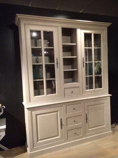 Vitrinenschrank - Geschirrschrank grau im Landhausstil, Vitrine in zehn Farben, Breite 190 cm - Möbel