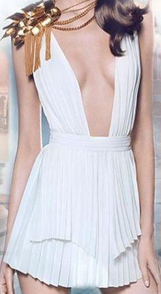 Paco Rabanne Olympea greek white dress (chiton) Gold Dress, White Dress, Olympia, Paco Rabanne, Ancient Greece, White Fashion, Mannequins, Costume Design, Fashion Photo