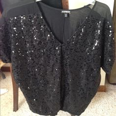Express sequin top☀️ EUC  This item is in good condition but it has been worn. Please ask any questions before purchasing. Express Tops