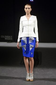 "Mariana Vélez, ""Over again"" #SS15 - Colombiamoda 2014 / Peplum top and structured midi skirt #runway #catwalk"