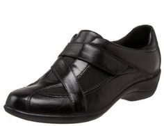 Clarks Showstopper in Black #womensshoes #mossersshoes #clarks #shoes