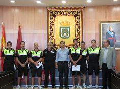 Presentación de la brigada de policías del verano 2012