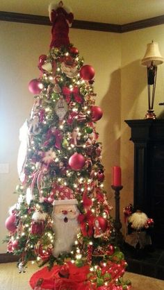 Santa theme Christmas tree