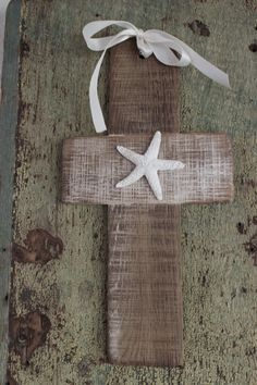 Reclaimed wood cross handmade from a hand-picked flat French wine stave. Each cross is !00% handmade, handcrafted with tight double joints.