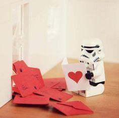 Foto de la página de facebook de LEGO para San Valentín 2014