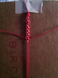 beaded bracelet: square knots with alternating small beads Hemp Jewelry, Jewelry Knots, Macrame Jewelry, Handmade Jewelry, Jewellery, Diy Bracelets With String, Macrame Bracelets, Bracelet Crafts, Jewelry Crafts