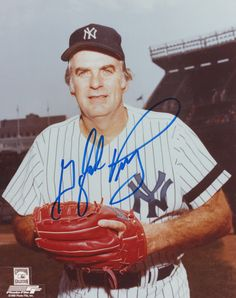 """Gaylord Perry - New York Yankees - 8"""" X 10"""" MLB Baseball Pictures & Autographs - MLB Autograph"""