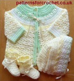 Three piece pram set free baby crochet pattern from http://www.patternsforcrochet.co.uk/baby-coat-hat-booties-usa.html #patternsforcrochet #freebabycrochetpatterns