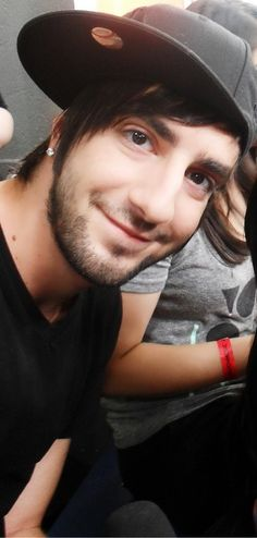 """Upon seeing this I said out loud to no one, """"now that's a darling picture.""""  Haha.  Hearts for Jack Barakat."""