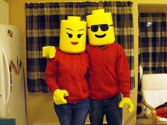 A LEGO couple? Love it!