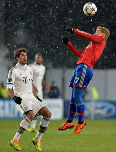 Keisuke Honda (R) of PFC CSKA Moscow in action during the UEFA Champions League Group D match between PFC CSKA Moscow and FC Bayern Muenchen at the Arena Khimki Stadium on November 2013 in Khimki, Russia. Uefa Champions League, Football Players, Moscow, Honda, Russia, November, Soccer, Action, Baseball Cards