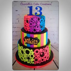 Funky Neon - Cake by Chantelle's Cake Creations
