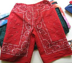 Bandana shorts for kids. Smart.