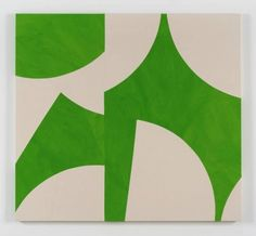 """Five Artists Pay Tribute to the Late Ellsworth Kelly - Sarah Crowner. """"Sliced Greens,"""" Photo: Image courtesy the artist and Casey Kaplan; New York Ellsworth Kelly, Contemporary Abstract Art, Contemporary Artists, Korean Painting, Flag Art, Hand Painted Canvas, Shape And Form, Page Design, Art Google"""