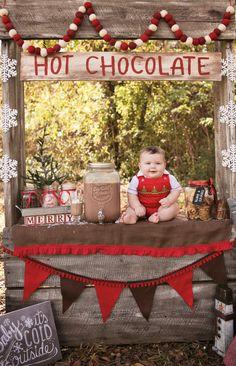 New photography kids winter hot chocolate Ideas Newborn Christmas Photos, Christmas Photo Props, Christmas Backdrops, Family Christmas Pictures, Christmas Mini Sessions, Christmas Minis, Holiday Photos, Christmas Photography, Photography Kids
