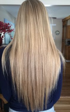 hair goals Trendfrisuren Baby trend, akkurater Mittelscheitel oder French Slice Cease to live Frisurentrends Dark Brown Hair With Blonde Highlights, Hair Highlights, Blonde Bayalage, Balayage Hair, Blonde Hair Looks, Brown Blonde Hair, Curls For Long Hair, Hair Photo, Brown Hair Colors