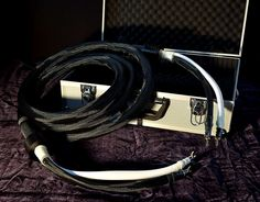 Paradox Audio - Professional high end hifi audio cables, speaker cables and power cables High End Hifi, High End Audio, Hifi Audio, Audio Speakers, Power Cable, Paradox