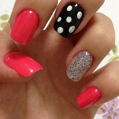 Mistura ousada de tonalidades que ficou perfeito!!! Os melhores produtos para suas unhas, você encontra aqui: www.lojadeesmaltes.com.br