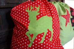 Design Dazzle: Family Traditions: Santa Sacks