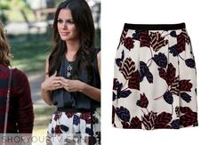 Zoe Hart (Rachel Bilson) wears this pleated skirt with contrast waistband and our all-over tulip print in this week's episode of Hart of Dix...