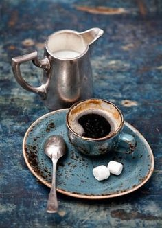 Кофе, сахар, молоко