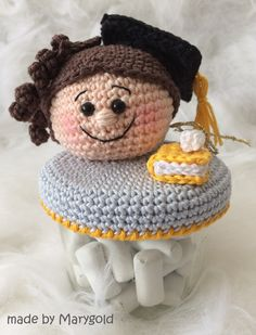 Crochet Jar Covers, Bee, Crochet Hats, Decorated Jars, Fiestas, Crochet Animals, Jars, Ornaments, Amigurumi