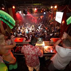 The best Seattle clubs to be up in