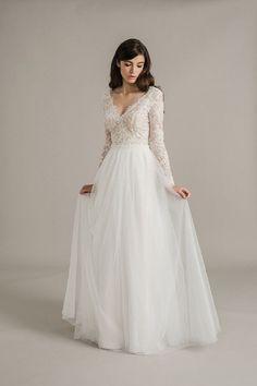 Beautiful wedding dress   itakeyou.co.uk #wedding #weddingdress #weddingdresses #weddinggown #beautifulgown