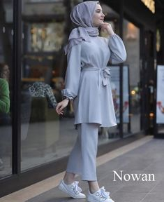 Modern Hijab Fashion, Street Hijab Fashion, Muslim Fashion, Modest Fashion, Fashion Outfits, Hijab Style Dress, Casual Hijab Outfit, Modest Dresses, Modest Outfits