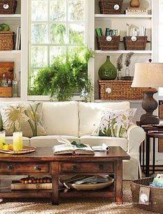 DIY Pottery Barn Inspired Benchwright Coffee Table - tutorial Love the pillows. Home Living Room, Living Room Decor, Barn Living, Cozy Living, Coastal Living, Kitchen Desks, Pottery Barn Inspired, Coffee Table Design, Coffee Tables