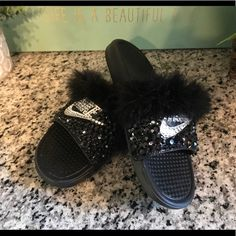 b86817d0ffbe Shop Women s Nike Black White size 9 Sandals at a discounted price at  Poshmark. Description