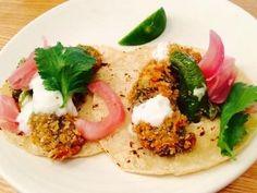 エド・ケニーのレストラン:Mahina & Sun'sがワイキキにオープン!