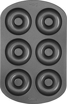 Wilton Donutform mit 6 Mulden, Backform für Donuts Wilton http://www.amazon.de/dp/B004CYELOQ/ref=cm_sw_r_pi_dp_3omwwb0PTE0M2