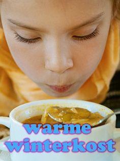 Ondanks dat de dooi is ingezet, zijn het nog steeds temperaturen waarbij je zin hebt in een stevige, winterse maaltijd. Kip is ideale, warme winterkost! Kippenbouten in de oven, kippendijen in een stoofschotel of lekker gebakken kipkarbonades. Heerlijk met winterse groenten of een lekkere stamppot of een ouderwetse kippensoep om weer lekker warm te worden.