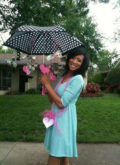 """Baby Shower or Bridal Shower gift-money tied onto an umbrella with ribbon and hearts cut out with the cricut. Heart attached to the handle of the umbrella read """"showering your marriage with love and financial blessings. Bridal Shower Decorations, Bridal Shower Gifts, Bridal Gifts, Baby Shower Gifts, Wedding Gifts, Baby Wedding, Trendy Wedding, Wedding Dress, Diy Christmas Wedding"""