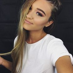 Hi I'm Shani and I'm 17 and single!! I love meeting new people! Intro?