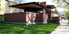 Robie House / 5757 S. Woodlawn Ave., Chicago, IL / 1908-1910 / Prairie / Frank Lloyd Wright -- Located on the campus of the University of Chicago in the neighborhood of Hyde Park. Designated a National Historic Landmark on November 27, 1963 and was on the very first National Register of Historic Places list of October 15, 1966.