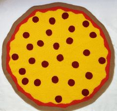 Oh my - I don't crochet but what a concept!!  Crochet Pizza Blanket Throw Kawaii Pepperoni  by burymeinleaves, $150.00 Pizza Blanket, Crochet Food, Play Food, Crochet Blankets, Bury, Afghans, Pepperoni, Crochet Projects, Crocheting