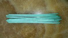 Papier Röllchen färben mit Eierfarben