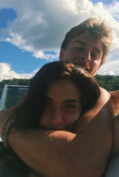 100 Cute And Sweet Relationship Goal All Couples Should Aspire To - Page 71 of 100 - Couple Goals Beaux Couples, Cute Couples Photos, Cute Couple Pictures, Cute Couples Goals, Couple Goals, Couple Pics, Couple Things, Goofy Couples, Teen Couples